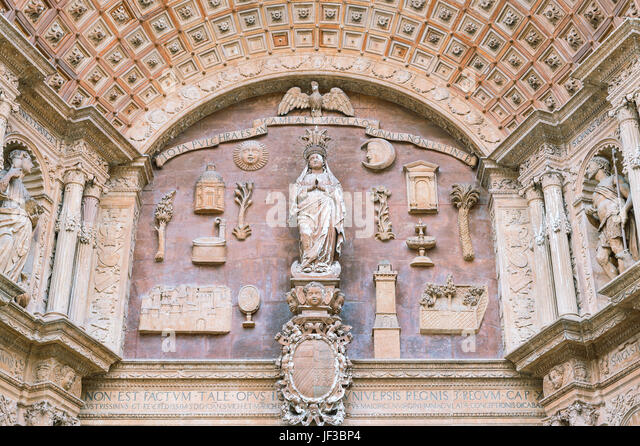 Spain, Palma de Majorca, the sacred sculpures of the main portal of the Cathedral - Stock Image