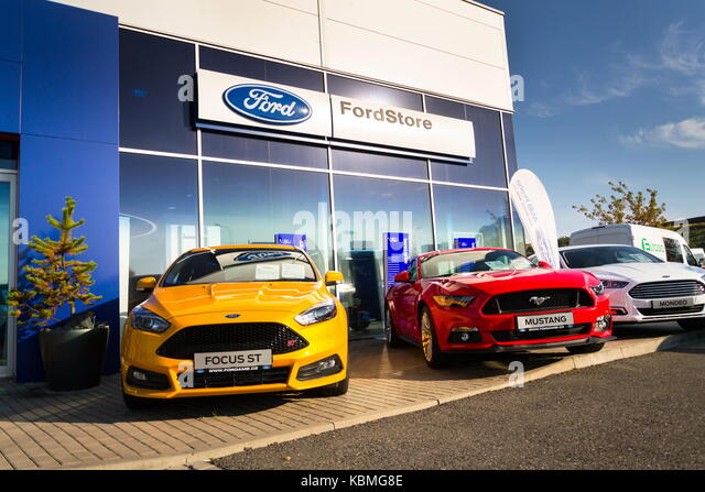 Lyft stock photos lyft stock images alamy for Ford motor company dealerships