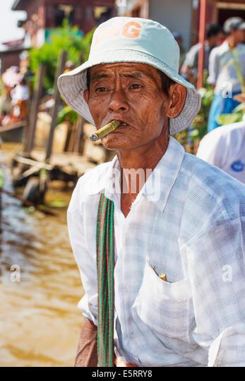 Shan myanmar poker