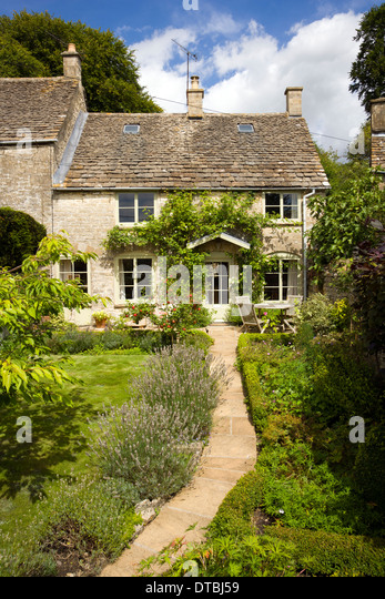 Idyllic Small Cotswold Cottage Garden Stock Photos
