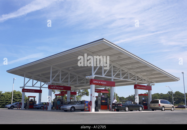 Gasoline Petrol Station Philadelphia PA USA - Stock Image & Petrol Pumps Canopy Stock Photos u0026 Petrol Pumps Canopy Stock ...