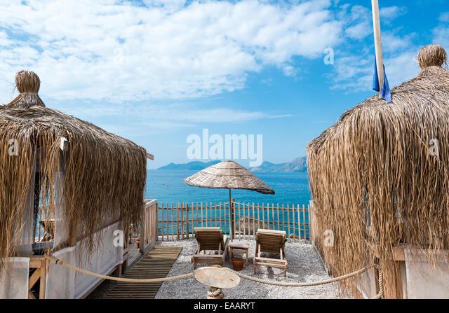 Tropical Beach Huts: Tropical Beach Hut Straw Stock Photos & Tropical Beach Hut