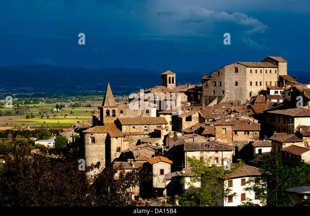 tuscany village wallpaper anghiari - photo #9