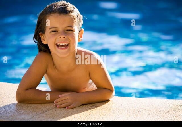 Brown Eyed Little Girl Looking Stock Photos Brown Eyed Little Girl Looking Stock Images Alamy