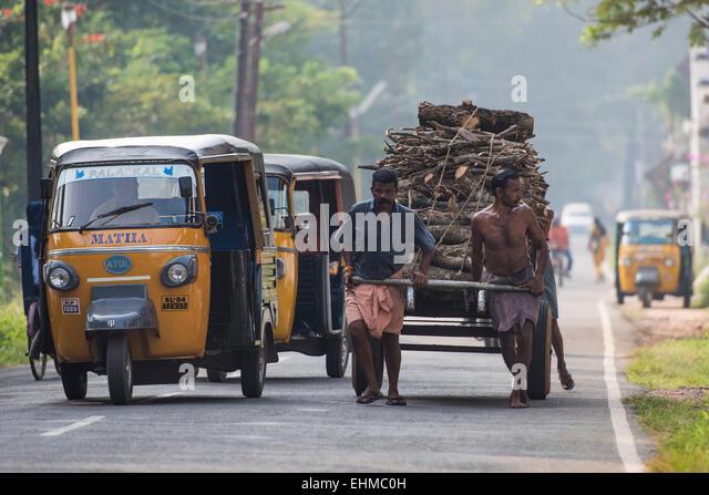Auto Rickshaw For Rent In Trivandrum: Auto Rickshaw Kerala Stock Photos & Auto Rickshaw Kerala