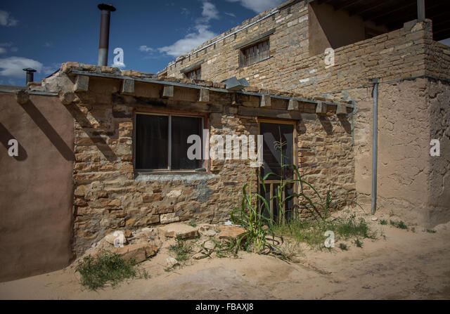 Arid adobe homes stock photos arid adobe homes stock for Adobe home builders california