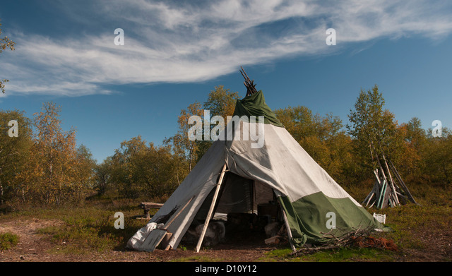 A tepee in the Russian part of Lapland (Sami and Komi people) - Stock & Tent Of Sami People Stock Photos u0026 Tent Of Sami People Stock ...
