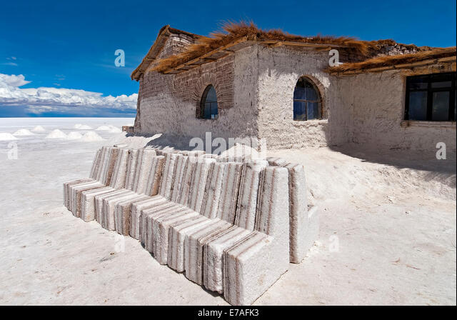Blocks building salar unusual stock photos blocks for Salar de uyuni hotel made of salt