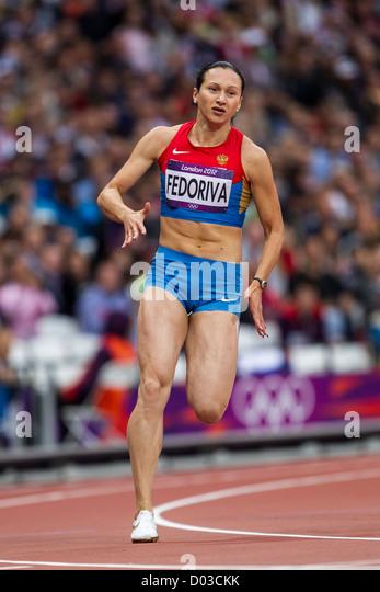 200 Meter Run Stock Photos & 200 Meter Run Stock Images ...