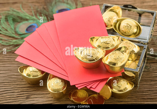 Ang pow stock photos ang pow stock images alamy for Ang pow packet decoration