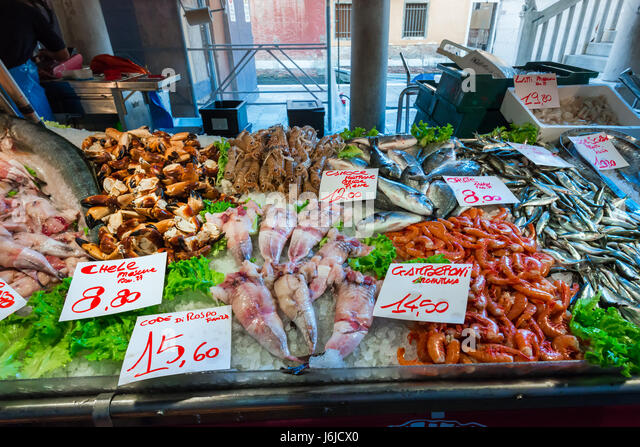 Fresh seafood display store stock photos fresh seafood for Fish market prices