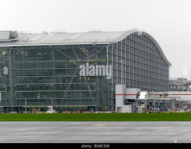 Hayes United Kingdom  city images : Terminal 5 Heathrow Airport, Hayes, United Kingdom, Rogers Stirk ...
