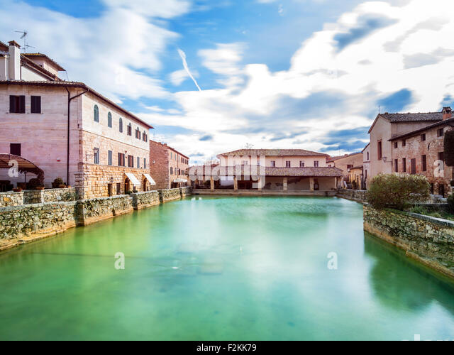 bagno vignoni italy january 25 2015 old thermal baths in the heart
