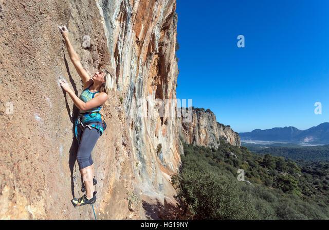 female extreme climber and - photo #31
