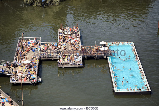 spree river berlin bathing ship stock photos spree river berlin bathing ship stock images alamy. Black Bedroom Furniture Sets. Home Design Ideas