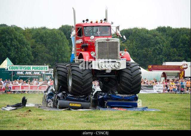 Monster Truck Uk Stock Photos Monster Truck Uk Stock Images Alamy
