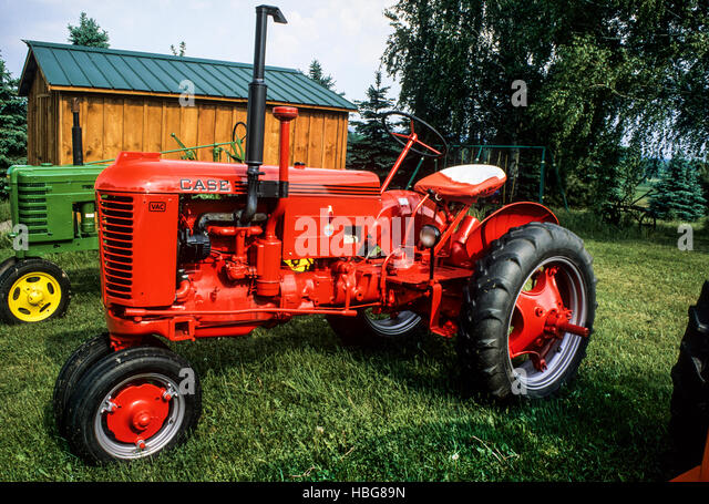 Restored Antique Tractors : Tractor tractors retro machinery stock photos