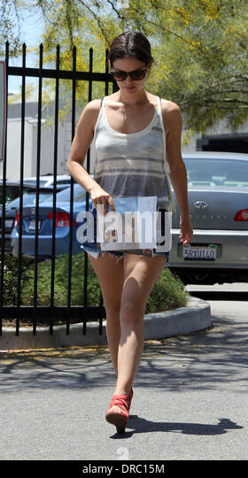Rachel Bilson Visits Furniture Stores In Culver City Los Angeles,  California   14.07.12