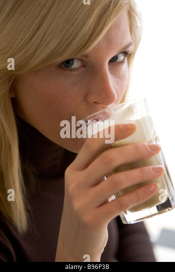Die Kodierung vom Alkoholismus in kurske die Adresse