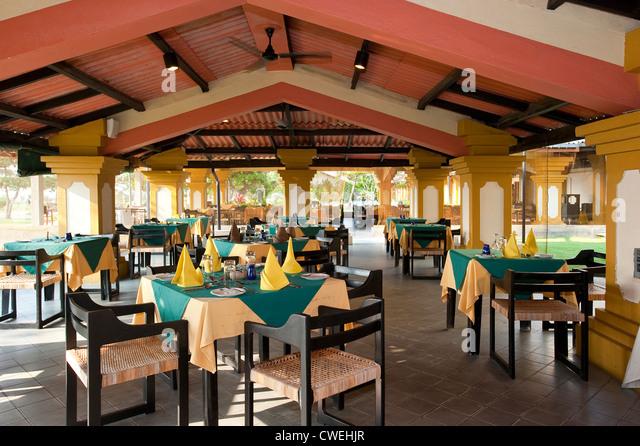 Browns Beach Hotel Buffet