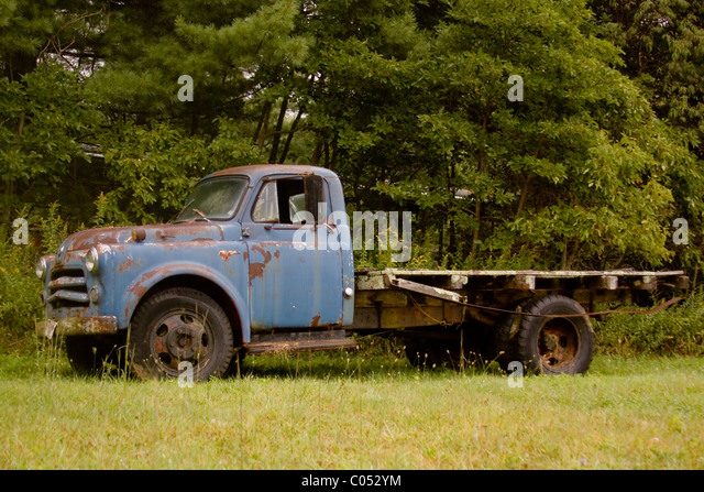 Flatbed Truck Stock Photos Amp Flatbed Truck Stock Images