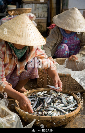 Local fish stock photos local fish stock images alamy for Local fish market