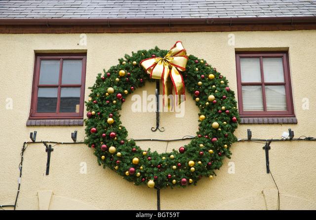 Giant Christmas Wreath Stock Photos & Giant Christmas Wreath Stock ...