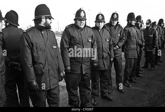 Police On Picket Line Duty Stock Photos & Police On Picket ...