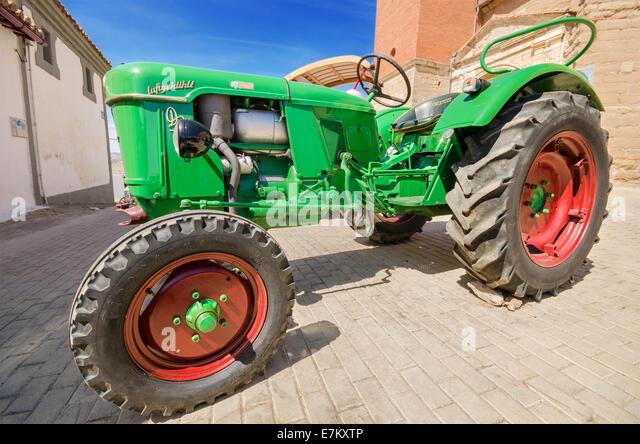 deutz tractor stock photos deutz tractor stock images. Black Bedroom Furniture Sets. Home Design Ideas
