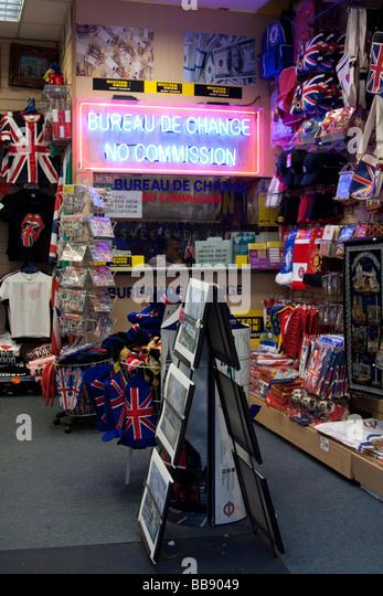 tacky souvenirs stock photos tacky souvenirs stock images alamy