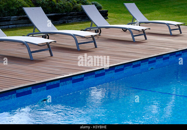 Swimming Pool Uk Exterior Stock Photos Swimming Pool Uk Exterior Stock Images Alamy