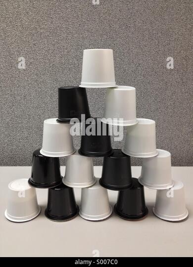 k-cup-pyramid-stacked-single-serve-coffe