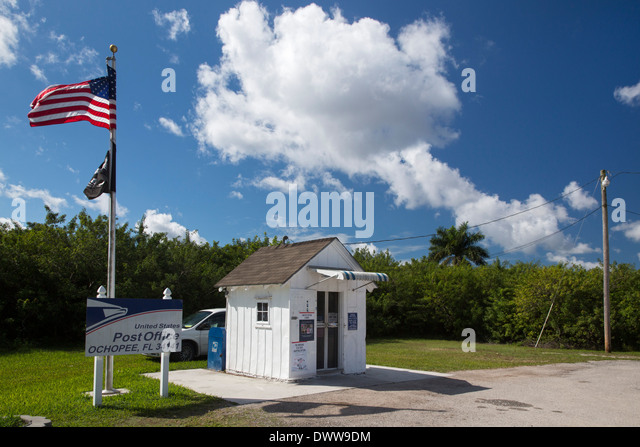 ochopee girls Ochopee fl smallest post office in us, everglades national park the nation& smallest post office operates out of a former 8 by 7 foot tool shed on the edge of the everglades national park.