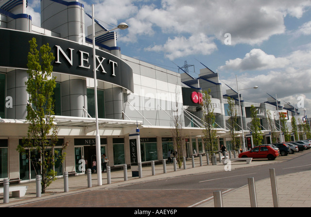 2 reviews of Becton Triangle Retail Park