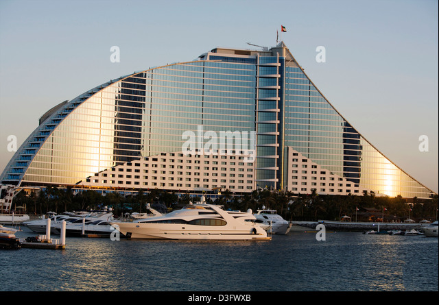 Yacht hotel stock photos yacht hotel stock images alamy for Sailboat hotel dubai
