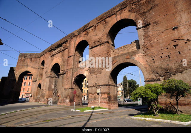 Esquilino stock photos esquilino stock images alamy - Roma porta maggiore ...