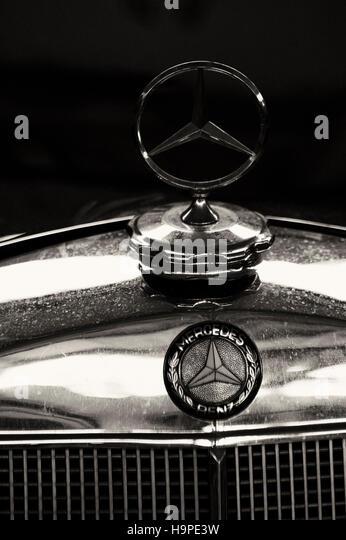 White mercedes c 300 stock photos white mercedes c 300 for Mercedes benz stock symbol