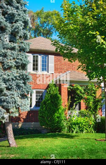 City red brick garden stock photos city red brick garden for Red brick garden