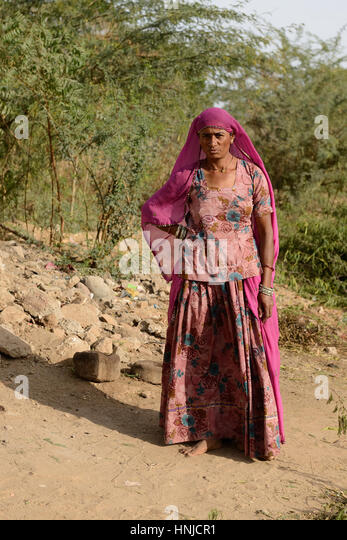 bhuj girls Bhuj in kutch: get tour & weather information on bhuj also find out attractions, sightseeing, weather, maps, nightlife, festivals & photos at travelindiacom.