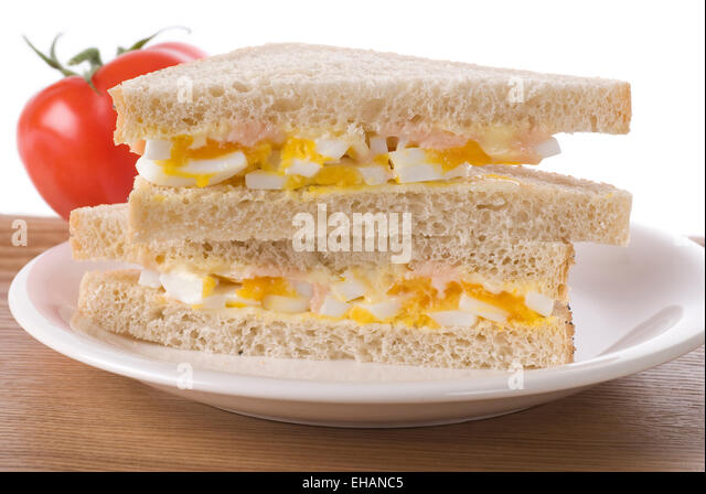 how to make egg mayonnaise sandwich