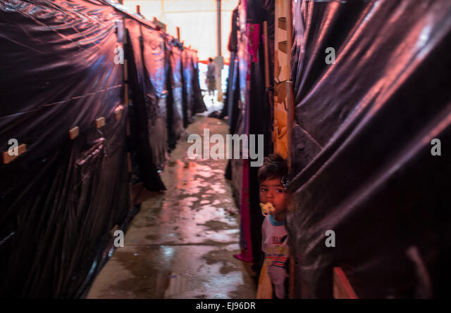2015 flooding in Brazilian Amazon displaced people living temporarily in plastic shelter tents at Rio & Flood Flooded Tents Stock Photos u0026 Flood Flooded Tents Stock ...