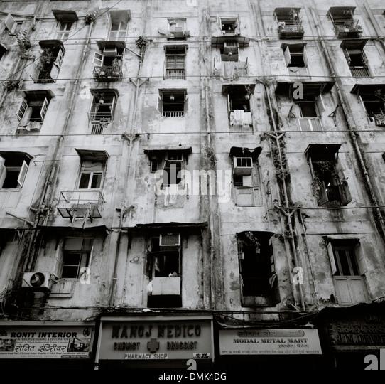 Poor Apartments: Mumbai Slum Apartment Block India Stock Photos & Mumbai