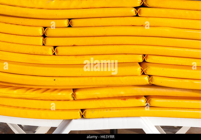 Mattresses Pile Stock Photos Amp Mattresses Pile Stock