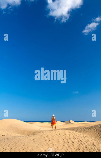 Maspalomas beach stock photos maspalomas beach stock - Standing canarias ...