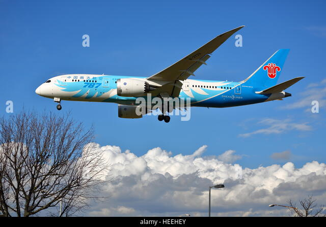 China southern boeing stock photos china southern boeing - China southern airlines london office ...