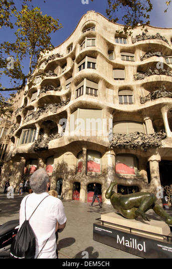 Aristide maillol stock photos aristide maillol stock for Barcelona jardin gaudi
