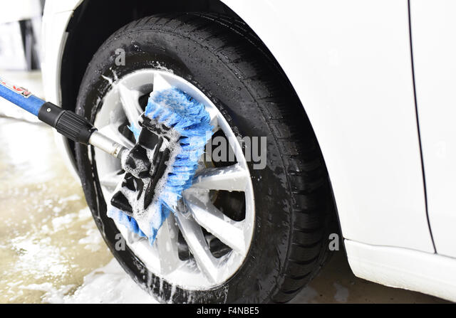 how to clean scratched alloy wheels