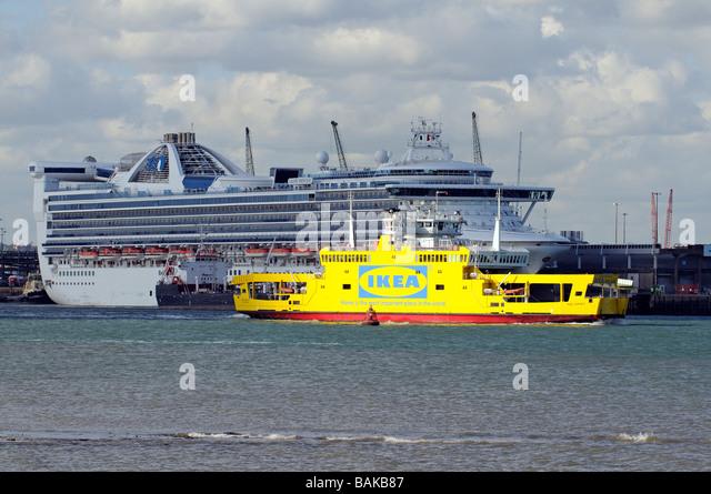Grand princess cruise ship on stock photos grand for Ikea ship to new zealand