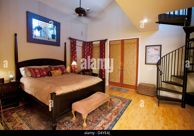 Master class stock photos master class stock images alamy for Bedroom designs middle class