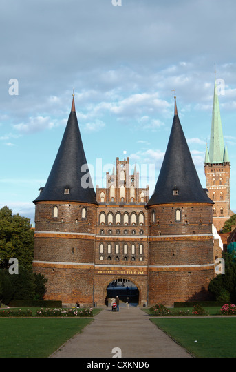 lubeck holstentor stock photos lubeck holstentor stock images alamy. Black Bedroom Furniture Sets. Home Design Ideas